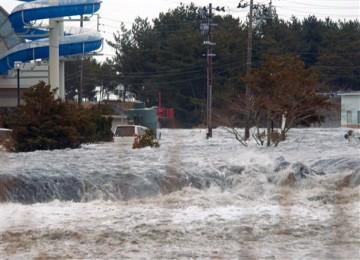 Tsunami Jepang