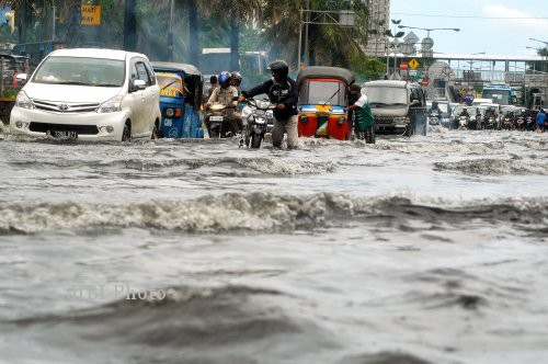 Foto Terbaru Banjir JAKARTA